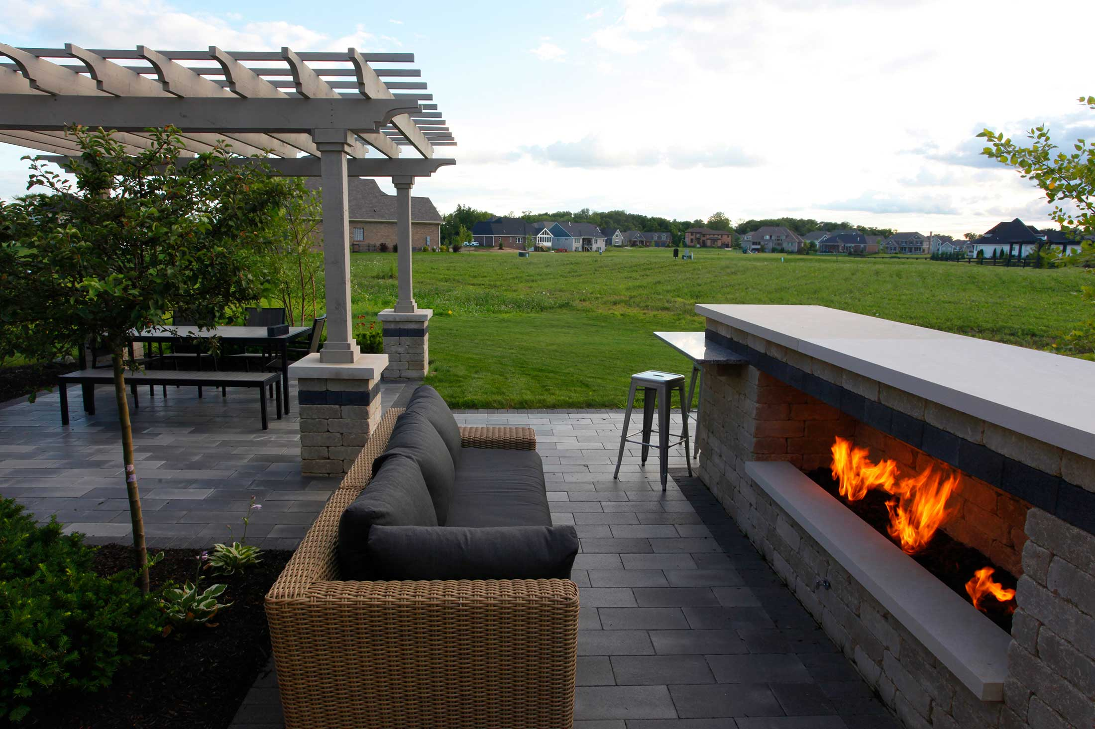 18 Apr Custom Outdoor Fire Features